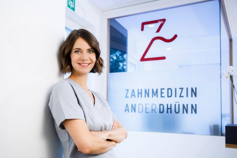 Zahnärztin Odenthal | Zahnmedizin an der Dhünn | Zahnärztin Dr. med. dent. Sabine Schulte