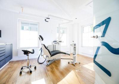 Zahnarzt Odenthal | Zahnmedizin an der Dhünn | Wartezimmer (Bild 3) in den Praxisräumen in Odenthal